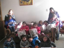 Ni os del jard n infantil peque os artistas visitaron el for Jardin infantil serrano 78