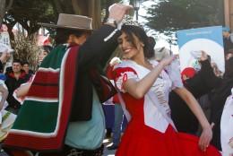 Punta Arenas ya se viste de  tricolor: hoy se inauguran ramadas