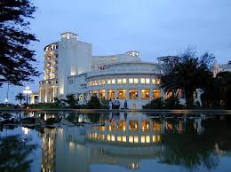 Alcaldes no quieren perder  concesión de casinos municipales